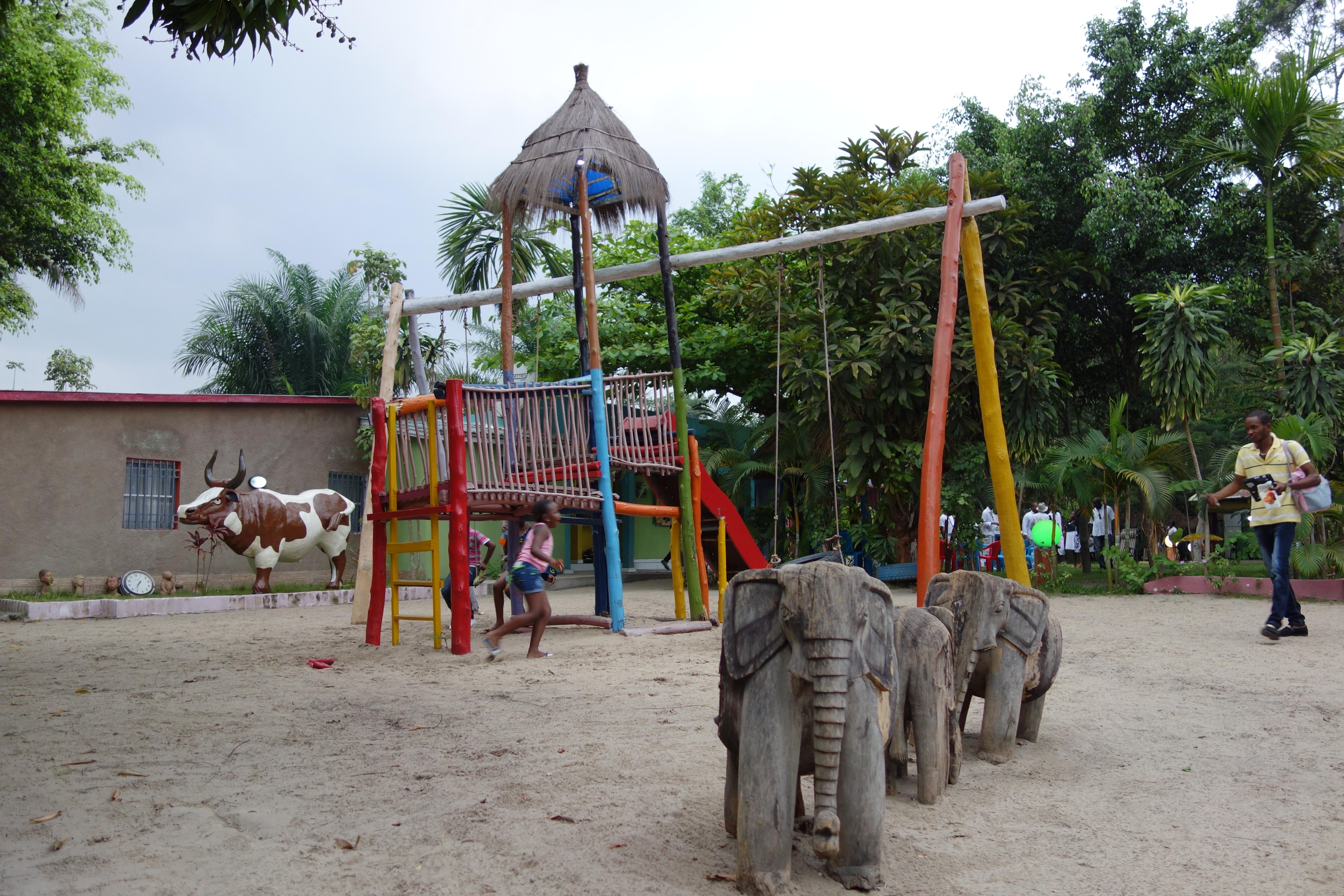 4 tips voor een toffe citytrip in kinshasa reizen for Jardin zoologique kinshasa