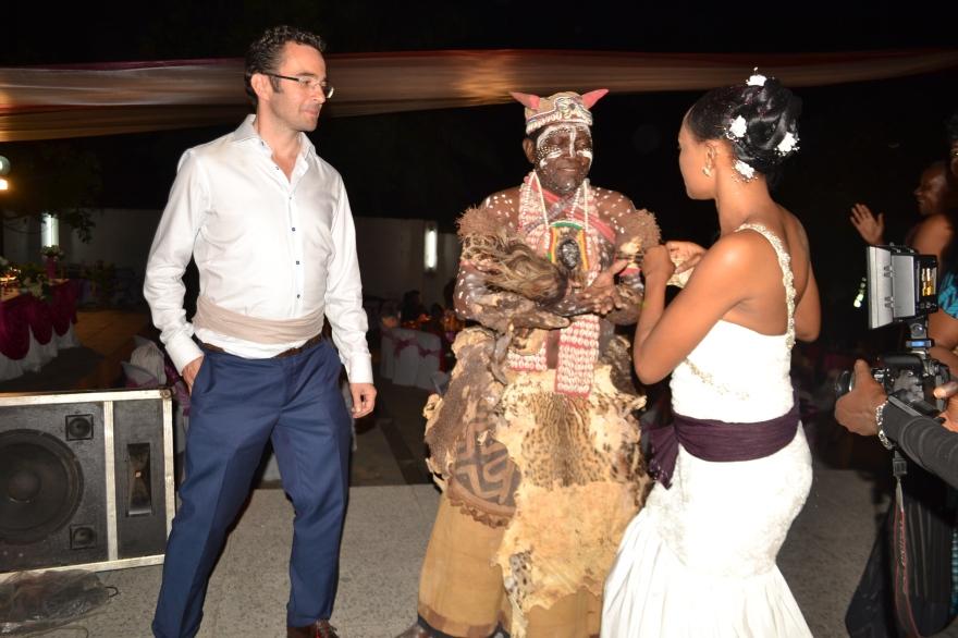 De ceremoniemeester volgens Kasaiaanse traditie